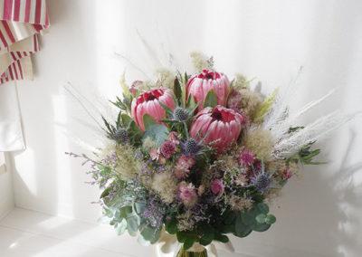 clutch-bouquet-20190729-1